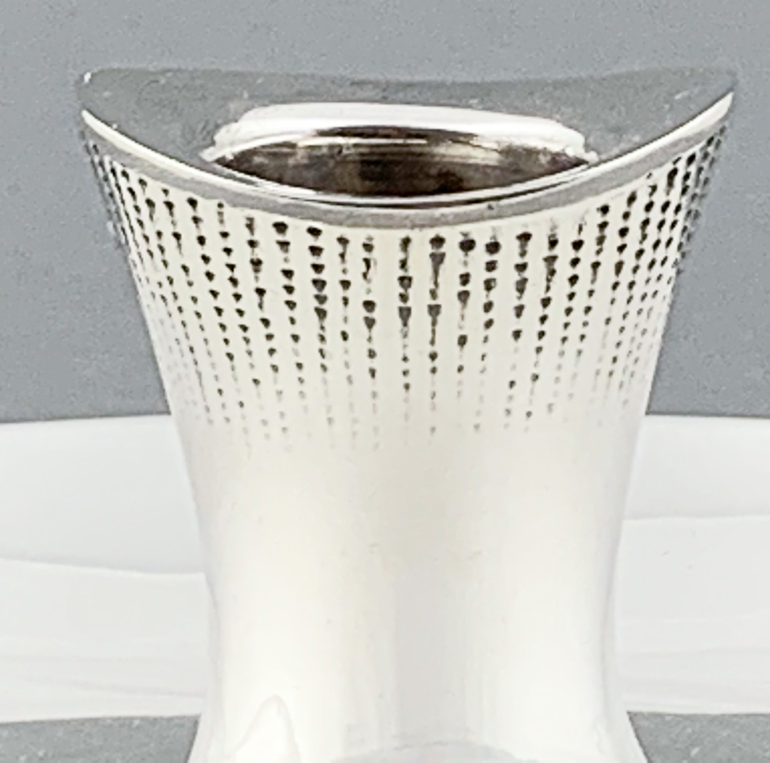 TW boatshaped candlestick web-2042